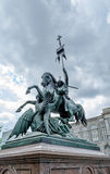 Statua walczy smoka w Berlin St George Obrazy Stock