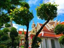 Statua Wat Arun Bangkok Thailand fotografia stock libera da diritti