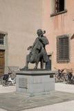 Statua wiolonczelista Luigi Boccherini w Lucca, Włochy Obraz Royalty Free