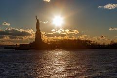 Statua Wolności i słońce Zdjęcie Royalty Free