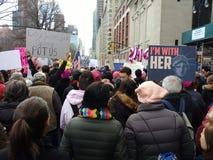 Statua Wolności znak, I ` m Z Ona, kobiety ` s Marzec, central park Zachodni, NYC, NY, usa Fotografia Royalty Free