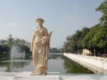 Statuaire dans le jardin Images libres de droits