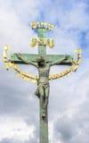 Statuaire de la croix de St, Prague Images libres de droits