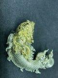 Statuaryczna pasiasta Tajlandia złota ryba Zdjęcia Stock