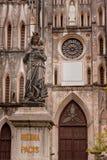 Statuaryczny kościół St Joseph katedra w Wietnam fotografia royalty free