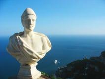 Statue à la villa Cimbrone à la côte d'Amalfi dans Ravello, Italie Image libre de droits