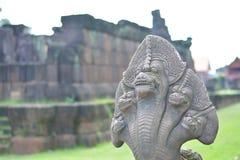 statue à tête de cinq de serpent Photo stock
