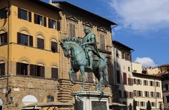 Statue équestre de Cosimo I à Florence, Italie images libres de droits