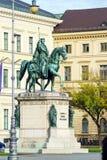 Statue équestre de Ludwig I 1862 par Max von Widnmann chez Odeo photographie stock libre de droits