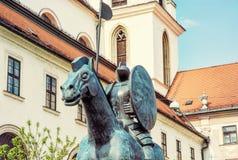 Statue équestre de margrave Jobst du Luxembourg et d'église, Br photo libre de droits