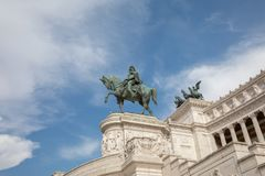 Statue équestre de Vittorio Emanuele II photographie stock libre de droits