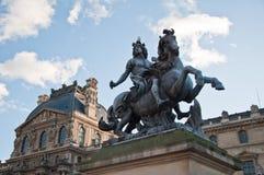 Statue équestre du Roi Louis XIV image stock