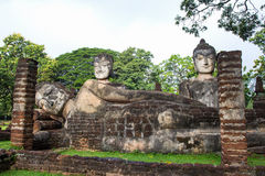 Statue Acient Buddha in historischem Park Kamphaeng Phet Lizenzfreies Stockfoto