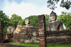 Statue Acient Buddha in historischem Park Kamphaeng Phet Stockbilder