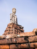Statue antique de Bouddha Photo stock