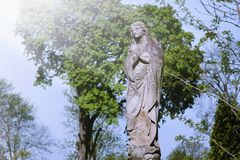 Statue antique de la religion de prière de Vierge Marie, foi, sainte images libres de droits