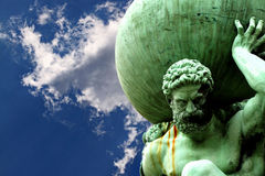 Statue of Atlas cloud A Royalty Free Stock Images