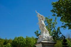 Statue aux jardins de Versailles image stock