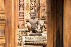 Banteay Srei. Statue in the Banteay Srei royalty free stock photos