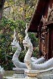 Statue blanche de dragon Images libres de droits