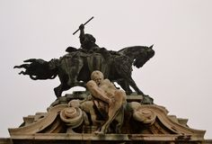 Statue at the Budapest castle. And fog Royalty Free Stock Image