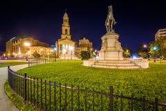 Statue chez Thomas Circle Park la nuit, à Washington, C.C Images libres de droits
