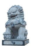 Statue chinoise de lion d'isolement sur le blanc avec le chemin de coupure Photos stock