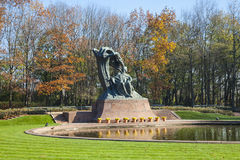 Statue Chopin, Varsovie, Pologne photo libre de droits