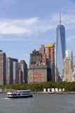Statue Cruise Ferries returning to Manhattan Royalty Free Stock Photos