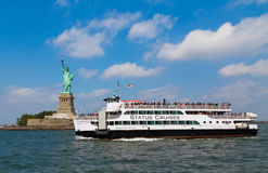 Statue Cruises and Statue of Liberty Royalty Free Stock Photos