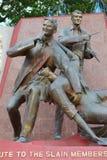 Statue détruite Philippines de journalistes Image libre de droits
