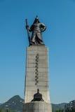 Statue d'amiral Yi Sun-Shin dans la place de Gwanghwamun Photo stock