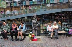 Statue d'Amy Winehouse chez Camden Stables Market Image libre de droits