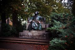 Statue d'Anonymus o Bele Regis Notarius ? Budapest photographie stock libre de droits