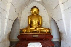 Statue d'or antique de Bouddha Photo libre de droits