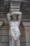 Statue d'atlas puissant et émotif d'ère de la Renaissance à Vienne, Autriche, détails, plan rapproché photos stock