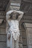 Statue d'atlas puissant et émotif d'ère de la Renaissance à Vienne, Autriche, détails, plan rapproché photographie stock