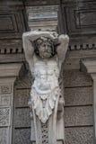 Statue d'atlas puissant et émotif d'ère de la Renaissance à Vienne, Autriche, détails, plan rapproché photo libre de droits