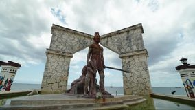 Statue d'Aztèque dans cozumel, Mexique Timelaps clips vidéos