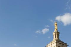 Statue d'or de Vierge Marie Image libre de droits