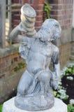 Statue d'enfant Photo stock