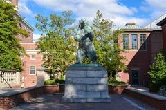Statue d'ours de Brown chez Brown University Photo stock