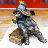 Statue d'ours de Paddington à la station de Paddington à Londres, R-U photo libre de droits