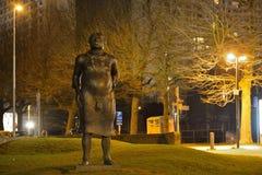 Statue d'un homme puni, il a un noeud coulant autour de son cou image libre de droits