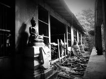 Statue de Bhuddha dans le vieux temple Photographie stock