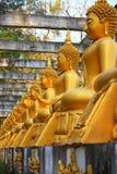 Statue de Bouddha au temple de la Thaïlande Images libres de droits