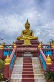 Statue de Bouddha chez Wat Lampho Kho Yo dans Songkhla, Thaïlande Images stock