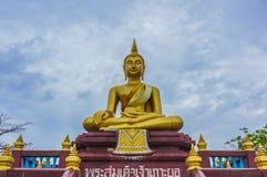 Statue de Bouddha chez Wat Lampho Kho Yo dans Songkhla, Thaïlande Image stock