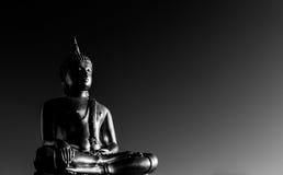 Statue de Bouddha d'or images libres de droits