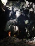 Statue de Bouddha dans la caverne Image stock